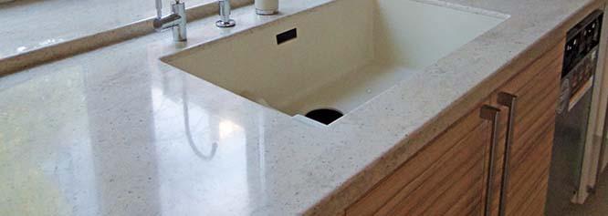 Бортик столешницы из искусственного камня как называется столешница на кухонно